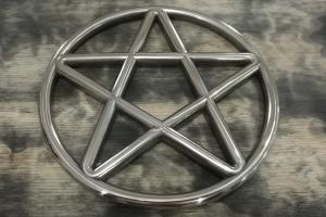 Star shibari ring